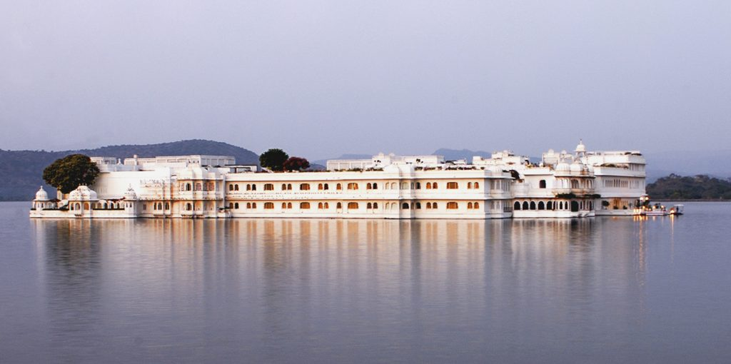 Taj Lake Palace luxury hotels in Udaipur