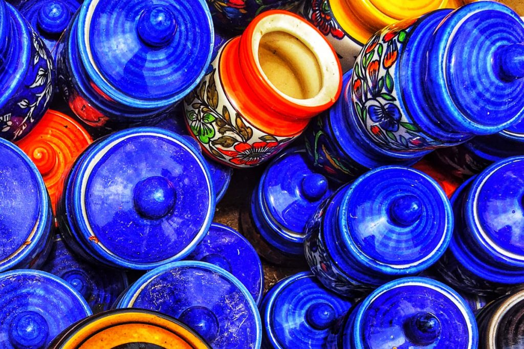 luxury shopping in Jaipur, blue pottery